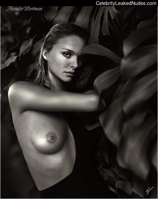 Nude Celeb Pic Natalie Portman 3 pic