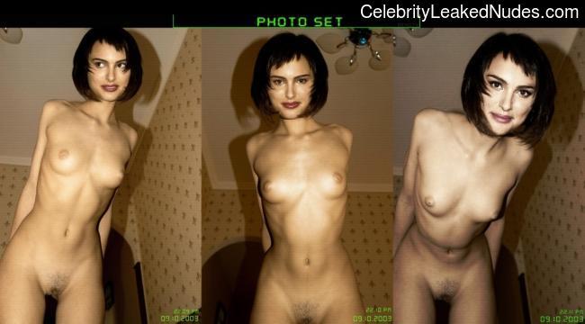 Famous Nude Natalie Portman 4 pic