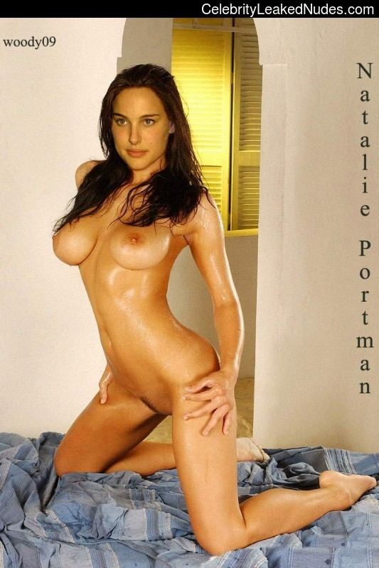 celeb nude Natalie Portman 28 pic