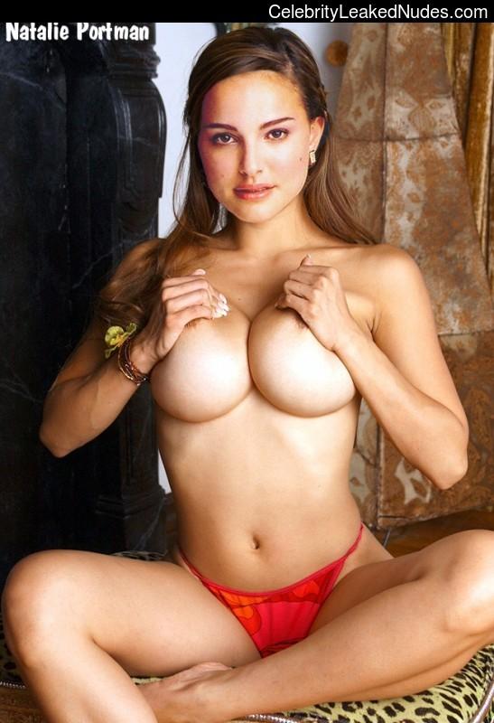 Free Nude Celeb Natalie Portman 13 pic