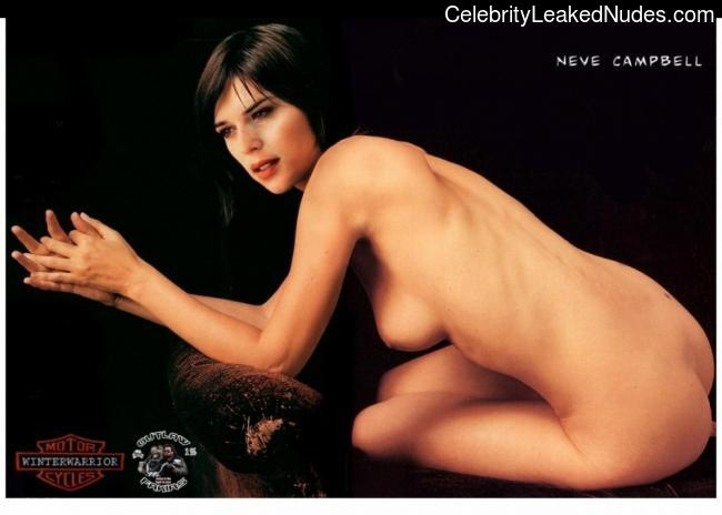 Celebrity Nude Pic Neve Campbell 21 pic