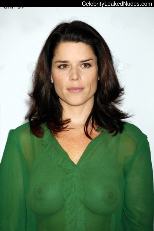 Naked celebrity picture Neve Campbell 4 pic