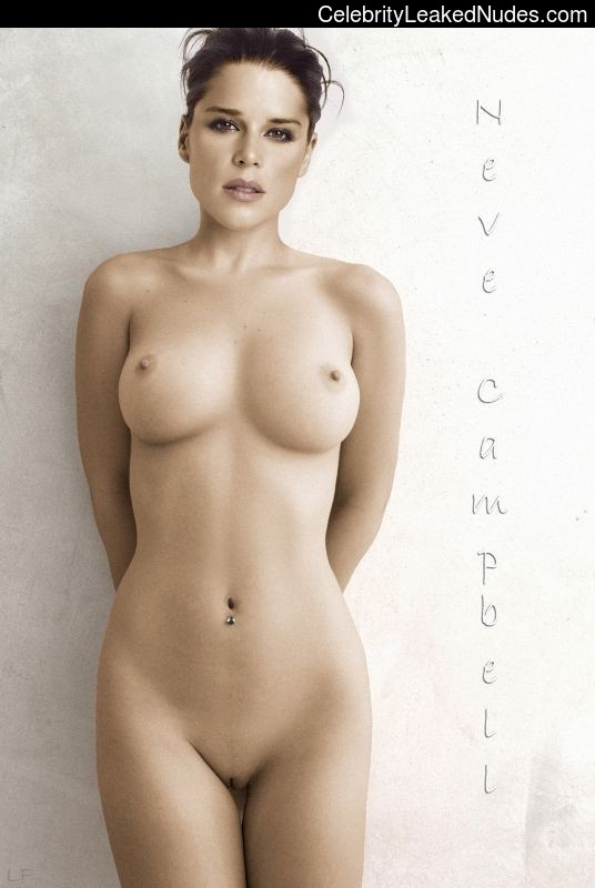 Naked Celebrity Pic Neve Campbell 6 pic