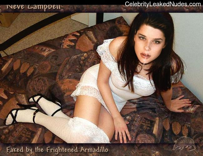 Best Celebrity Nude Neve Campbell 8 pic