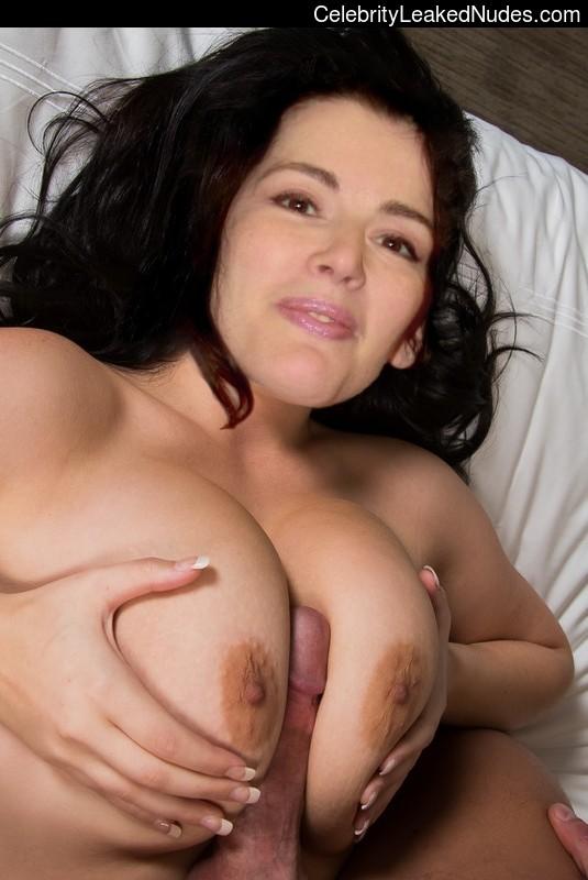 fake nude celebs Nigella Lawson 16 pic