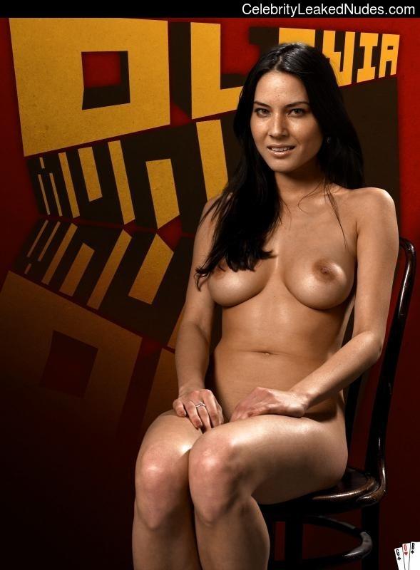 nude celebrities Olivia Munn 14 pic