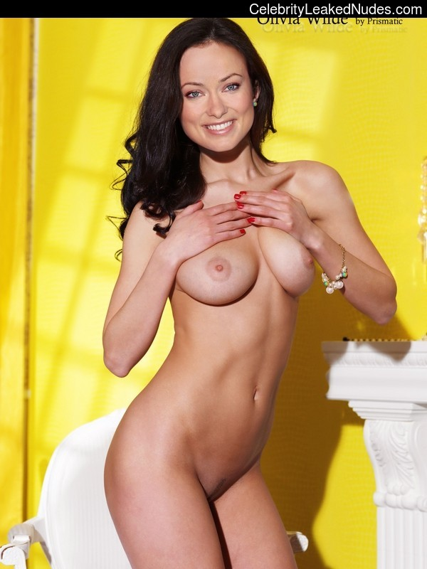 Hot Naked Celeb Olivia Wilde 11 pic