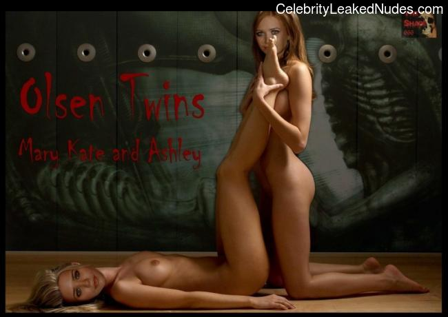 Naked celebrity picture Olsen Twins 11 pic