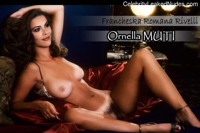 Hot Naked Celeb Ornella Muti 3 pic