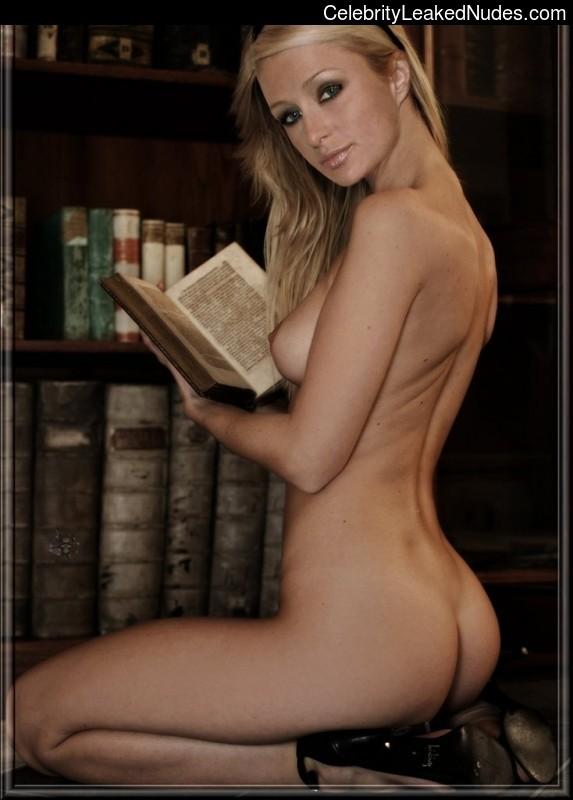 Naked Celebrity Paris Hilton 11 pic