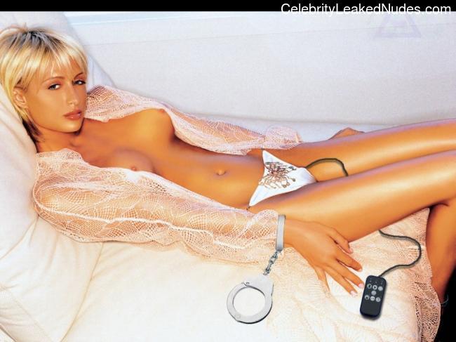 celeb nude Paris Hilton 23 pic
