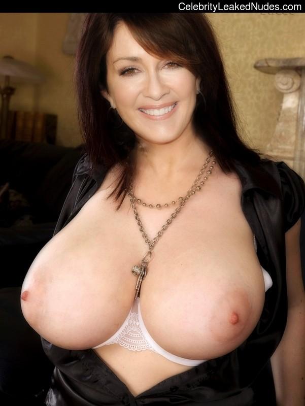 Famous Nude Patricia Heaton 12 pic