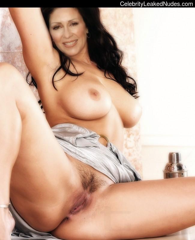 Celeb Nude Patricia Heaton 19 pic