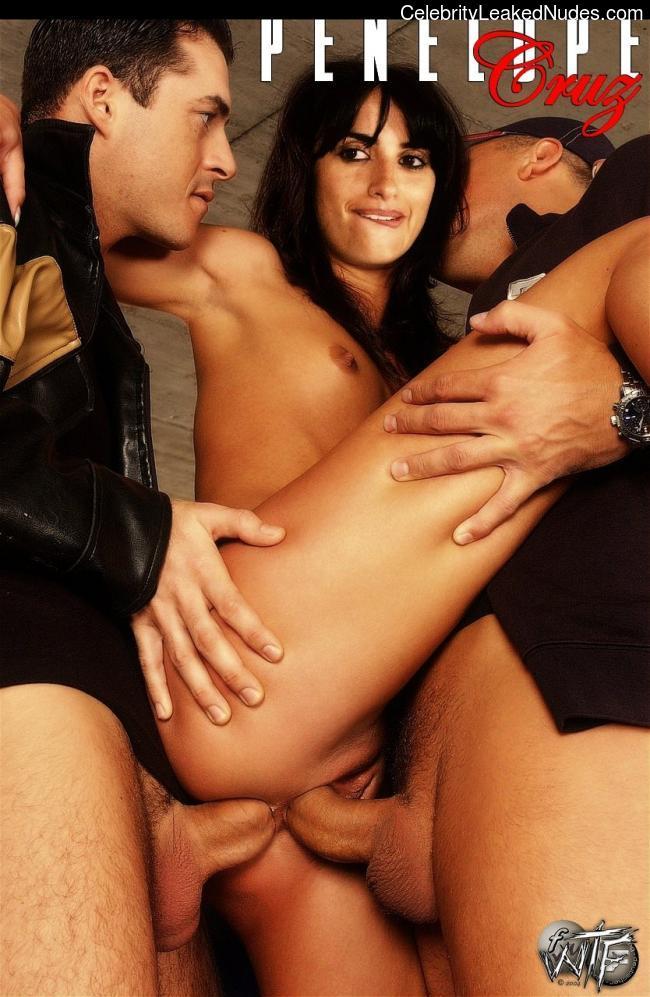 nude celebrities Penelope Cruz 17 pic