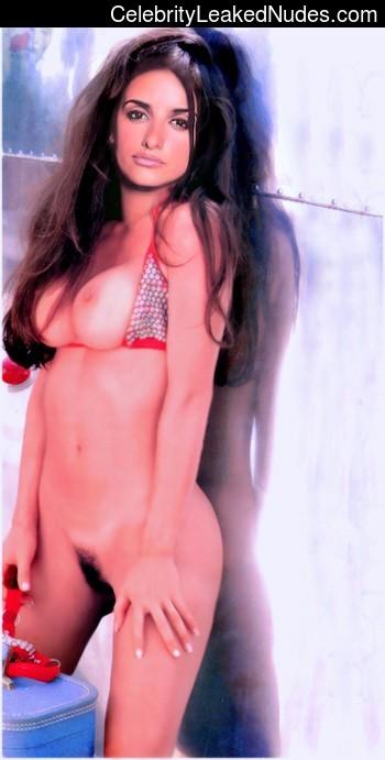 Nude Celeb Penelope Cruz 22 pic