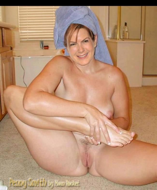 penny smith full nude images