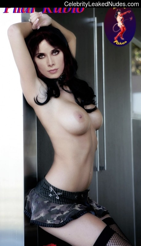 Naked Celebrity Pic Pilar Rubio 30 pic