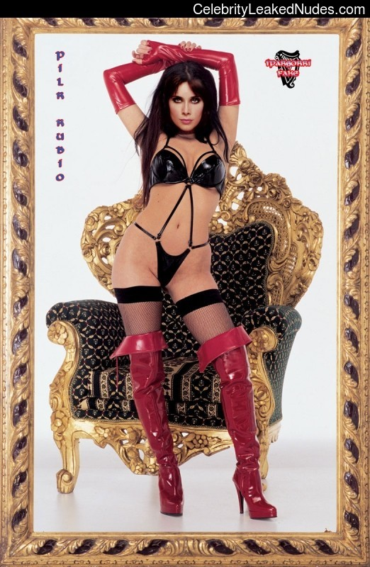 Newest Celebrity Nude Pilar Rubio 29 pic