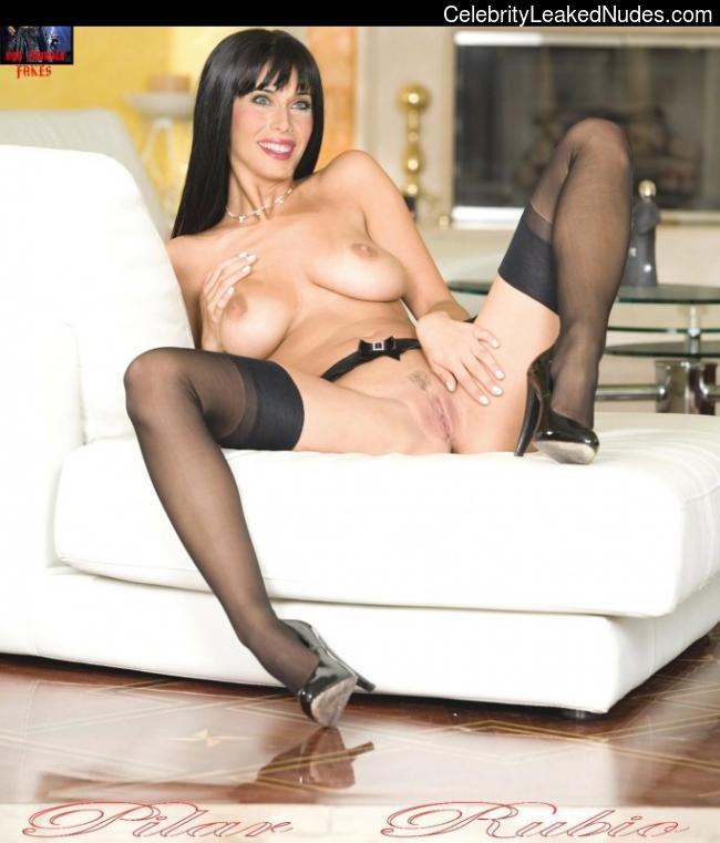 naked Pilar Rubio 5 pic