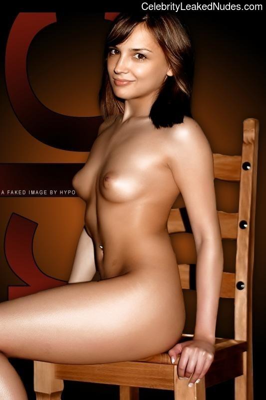 Nude Celeb Pic Rachael Leigh Cook 13 pic