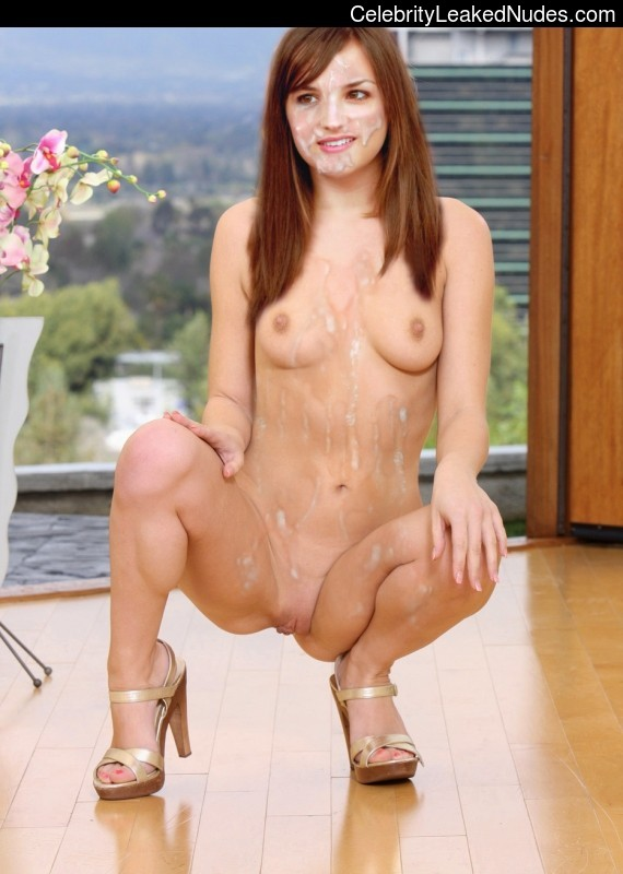 Naked Celebrity Pic Rachael Leigh Cook 3 pic