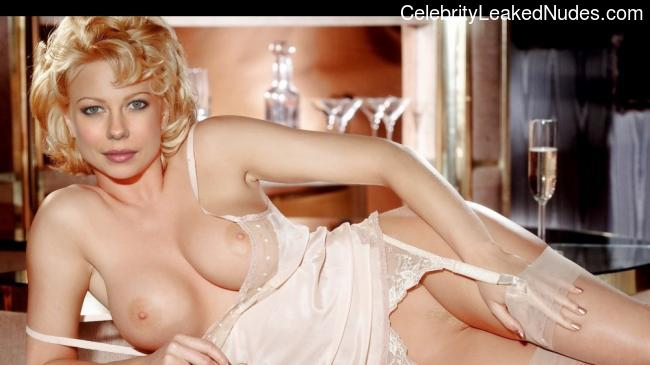 Real Celebrity Nude Rachael Taylor 28 pic