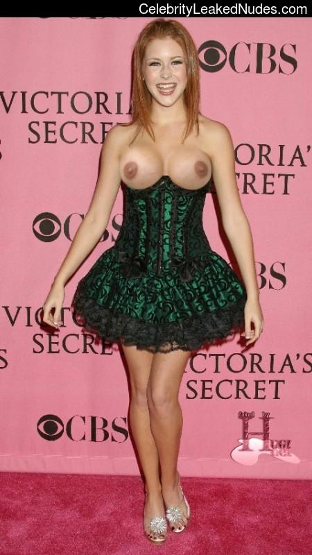 Real Celebrity Nude Renee Olstead 9 pic