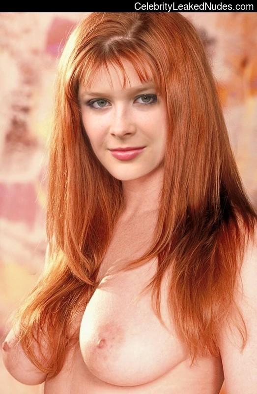Newest Celebrity Nude Renee Olstead 20 pic