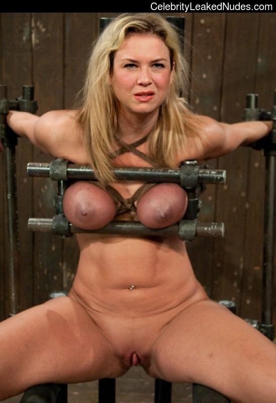 Renee Zellweger Nude