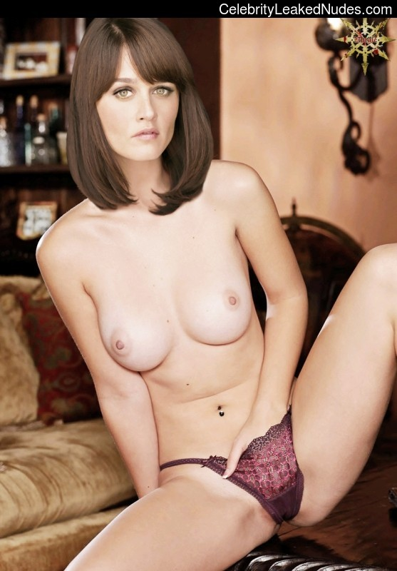 Famous Nude Robin Tunney 1 pic
