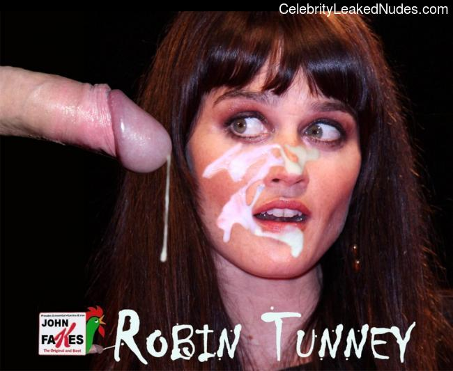 Celebrity Nude Pic Robin Tunney 10 pic