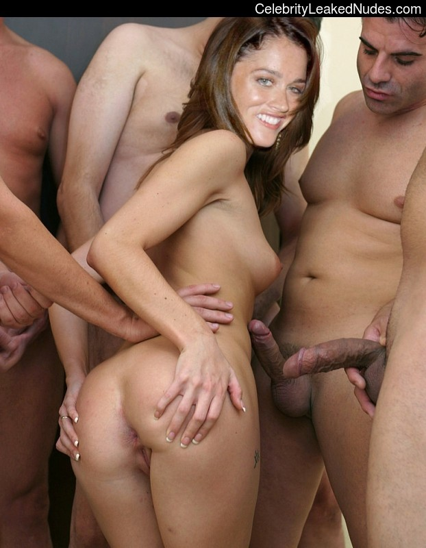 Free Nude Celeb Robin Tunney 12 pic