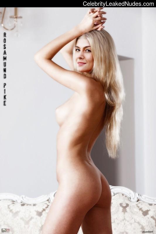 rosamund pike naked leaked