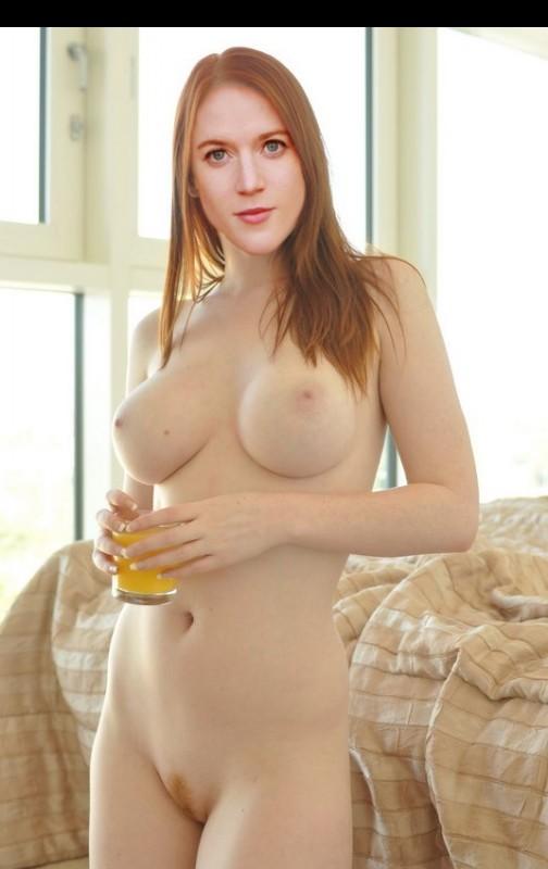 fake nude celebs Rose Leslie 3 pic