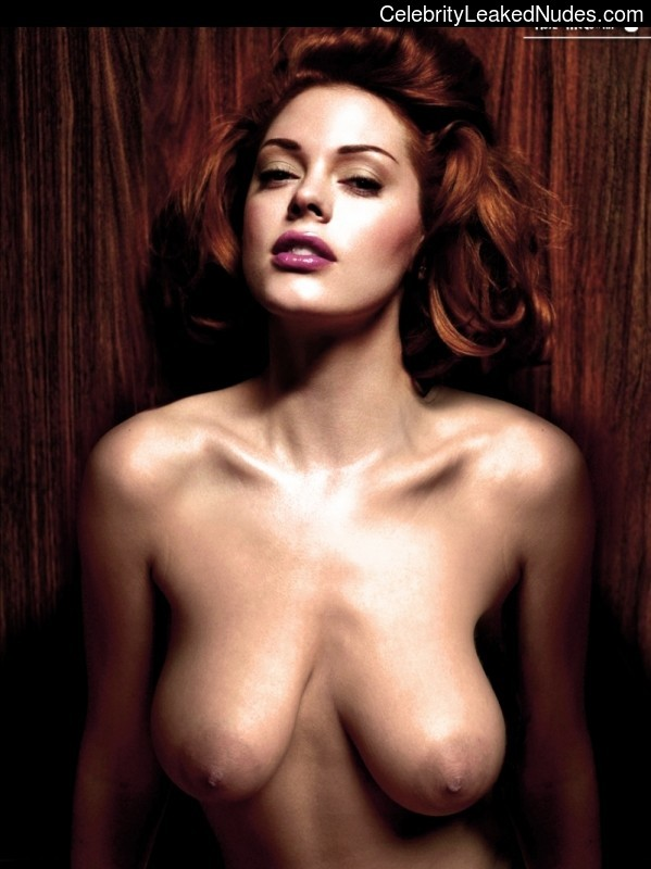 Nude Celebrity Picture Rose McGowan 31 pic