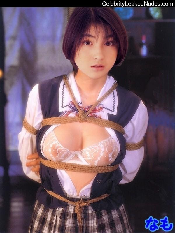 Newest Celebrity Nude Ryoko Hirosue 1 pic