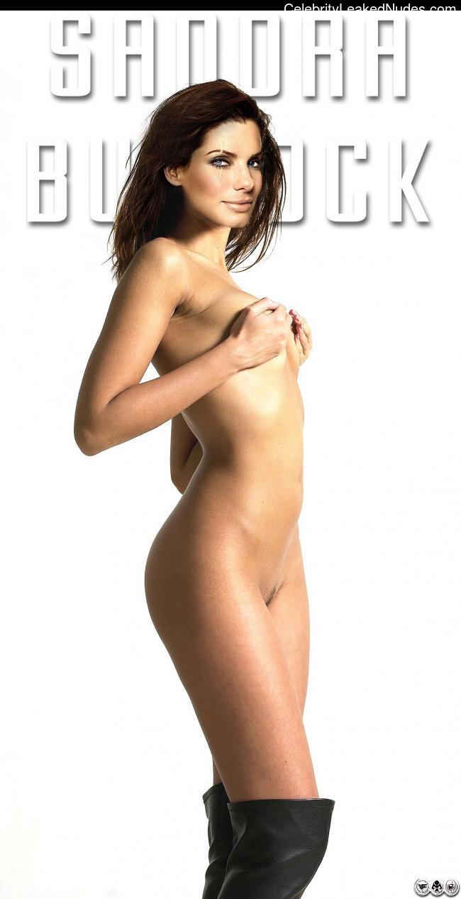 naked Sandra Bullock 18 pic