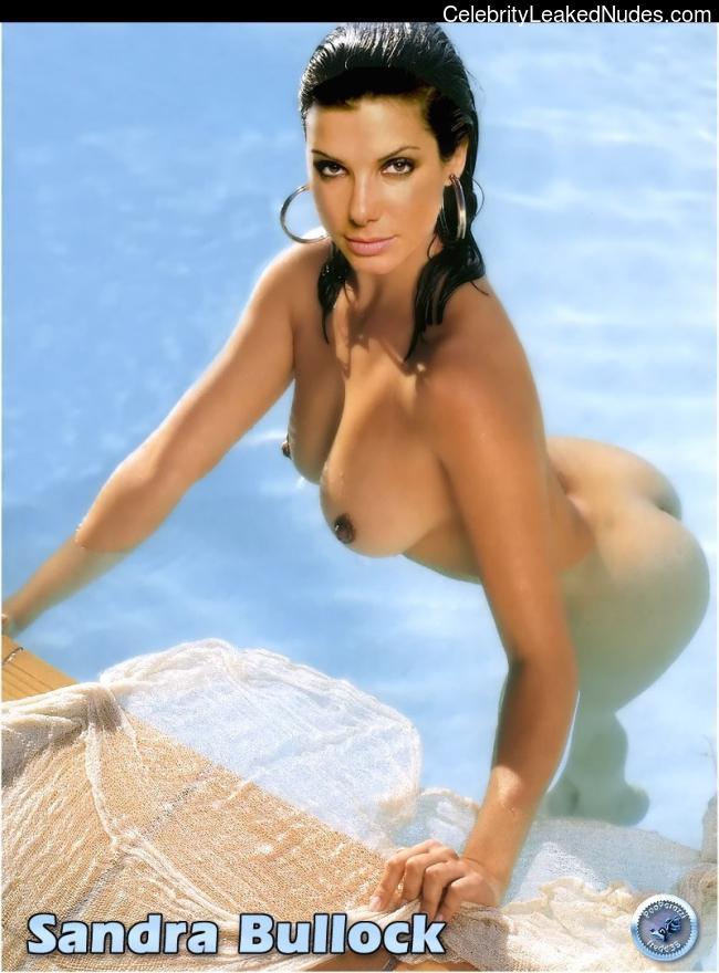 Celeb Naked Sandra Bullock 25 pic