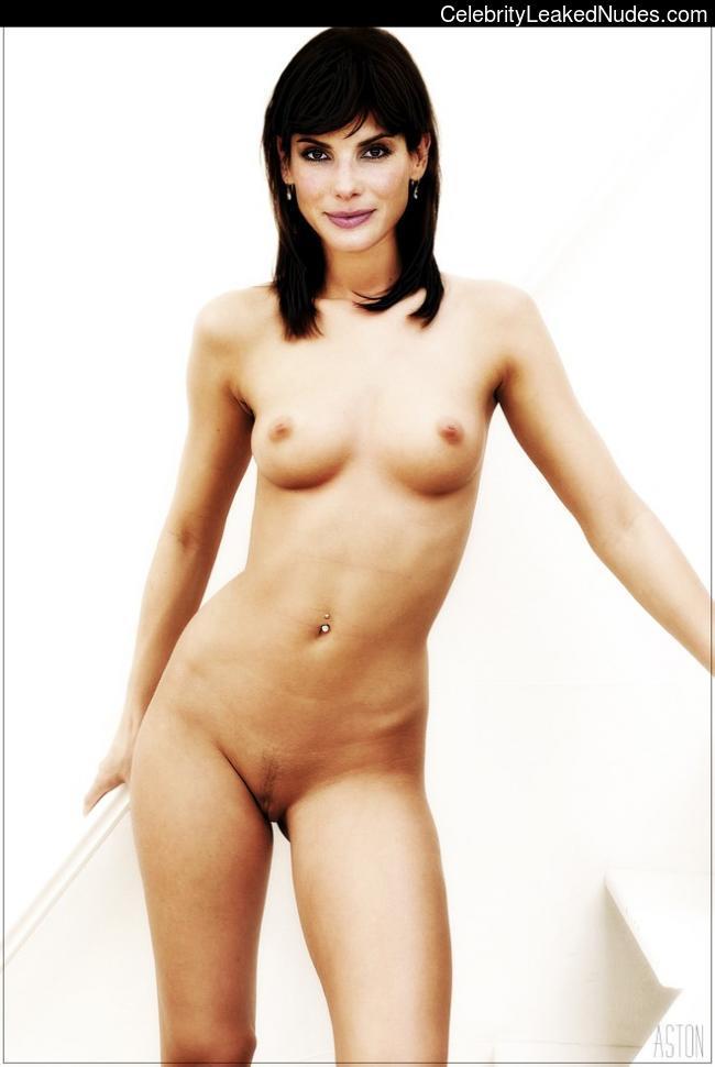 Nude Celeb Sandra Bullock 30 pic