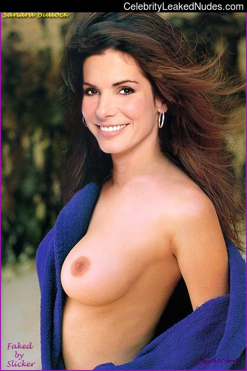 Hot Naked Celeb Sandra Bullock 13 pic