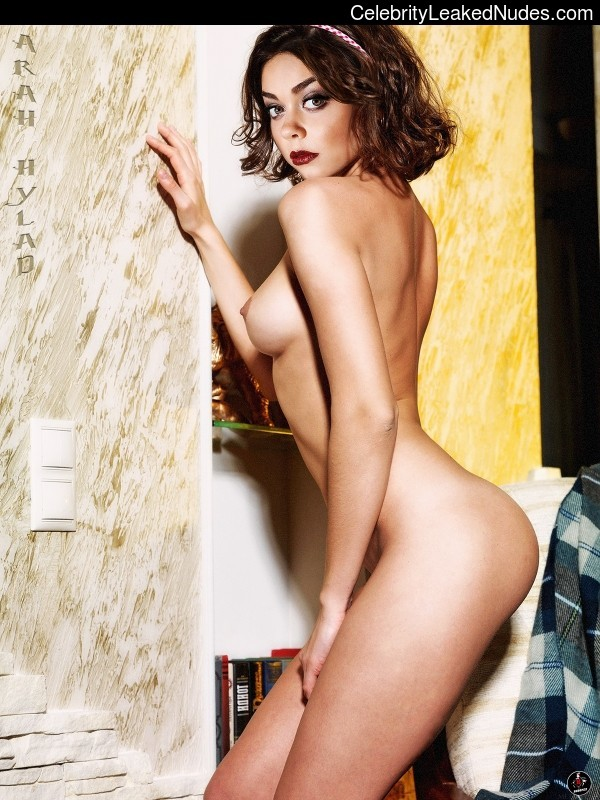 celeb nude Sarah Hyland 2 pic