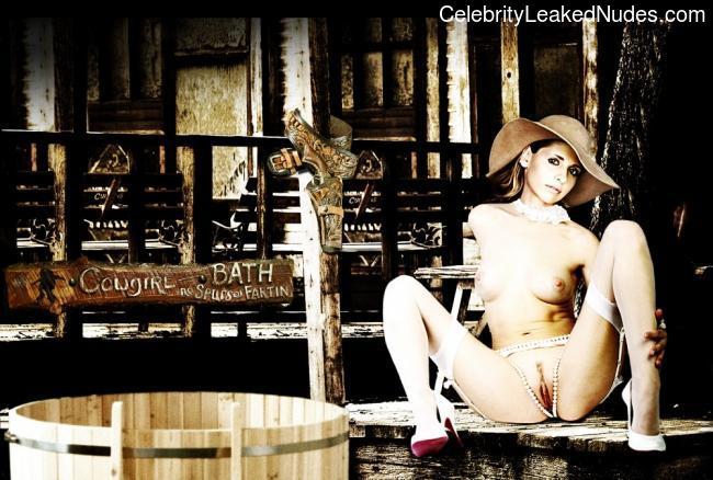 Best Celebrity Nude Sarah Michelle Gellar 13 pic