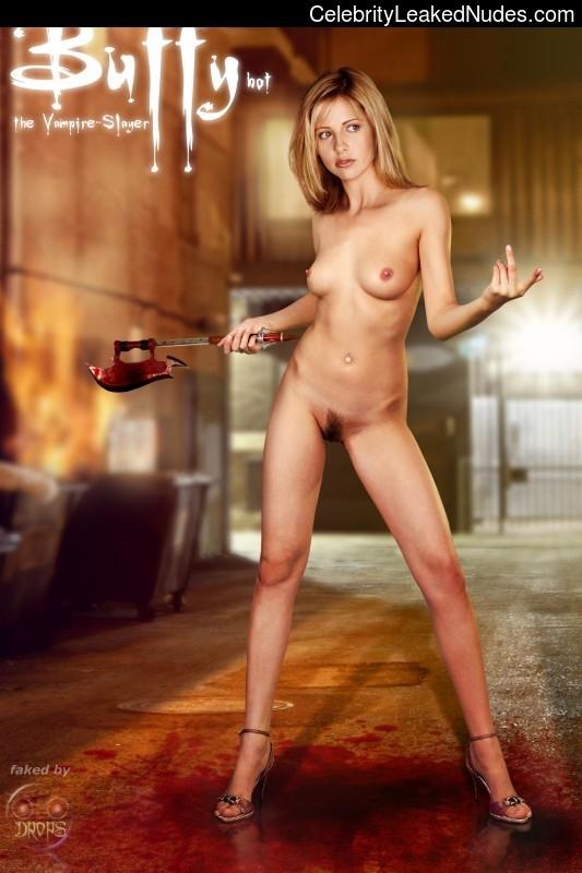 Nude Celeb Sarah Michelle Gellar 16 pic