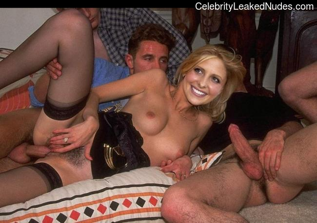 Sarah Michelle Gellar celebrities nude