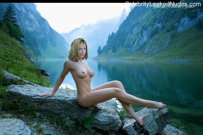 Best Celebrity Nude Sarah Michelle Gellar 2 pic