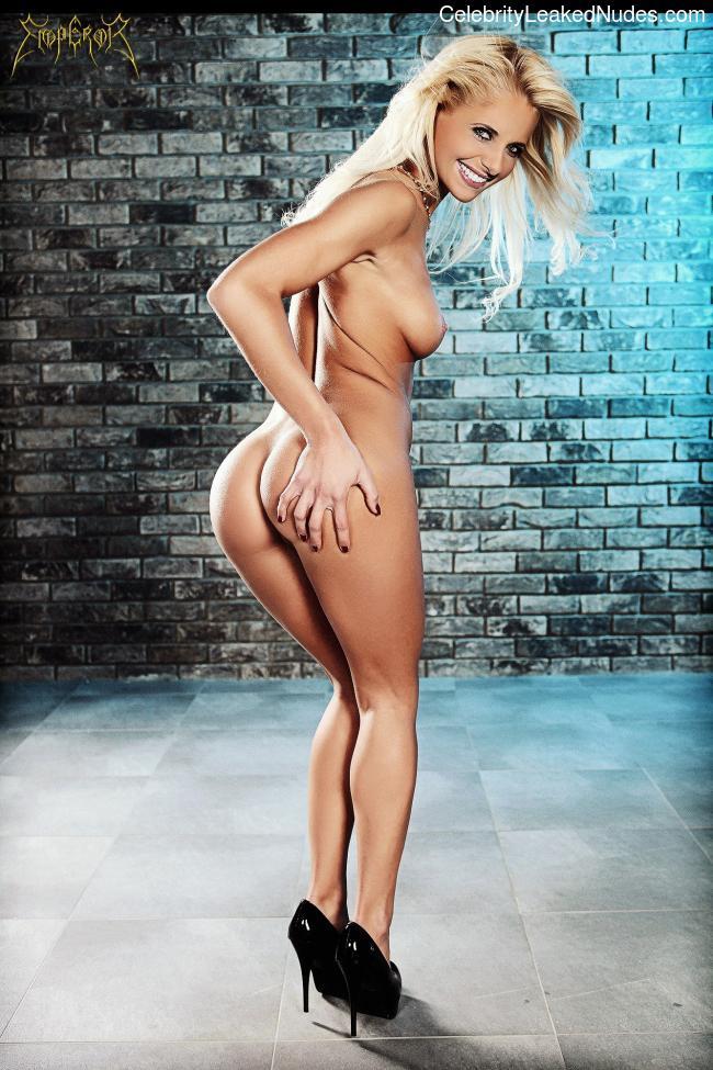 Naked Celebrity Pic Sarah Michelle Gellar 10 pic
