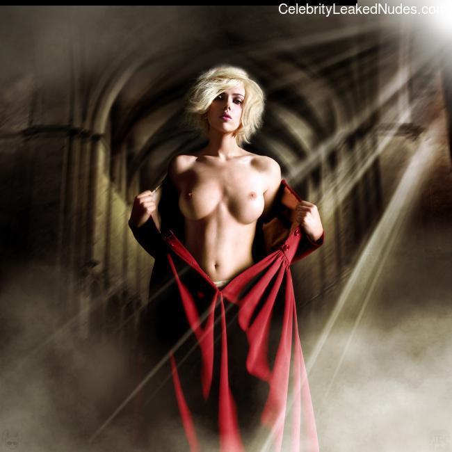 Nude Celeb Pic Scarlett Johansson 10 pic