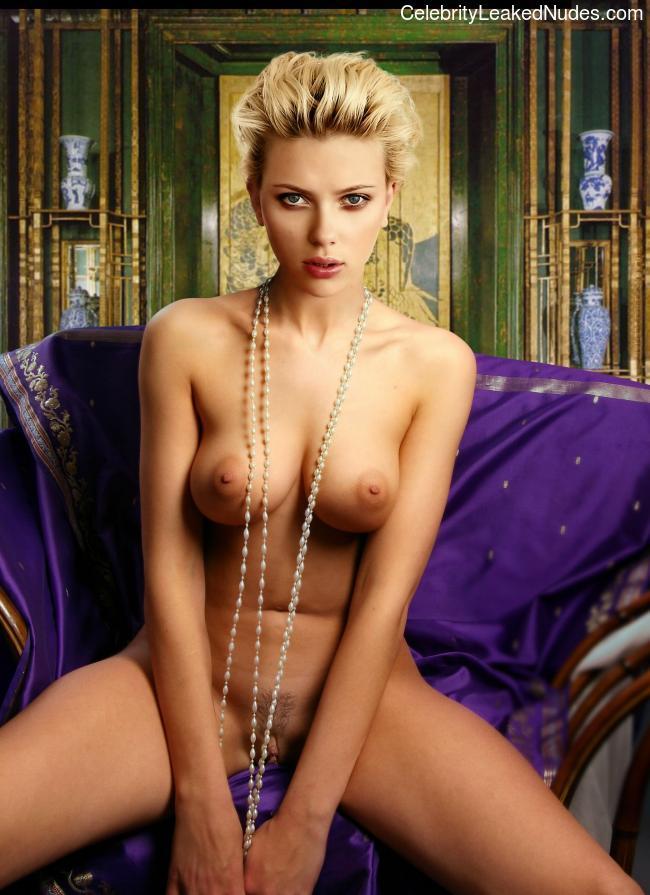 nude celebrities Scarlett Johansson 11 pic