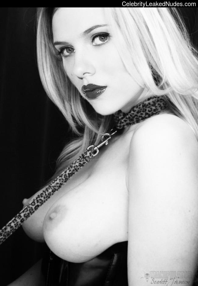 Celebrity Leaked Nude Photo Scarlett Johansson 11 pic
