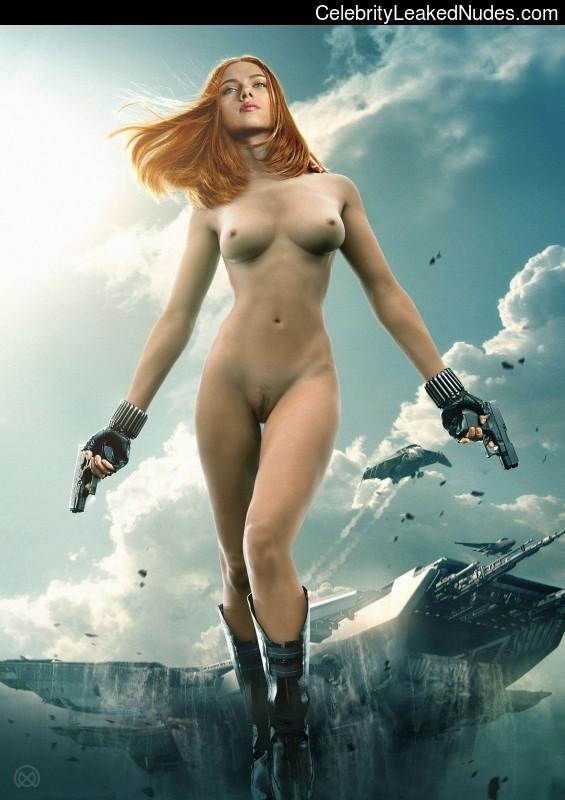 Naked celebrity picture Scarlett Johansson 10 pic